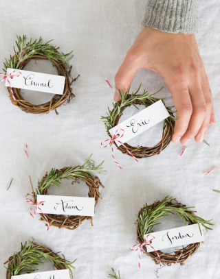 Wreathplacecards