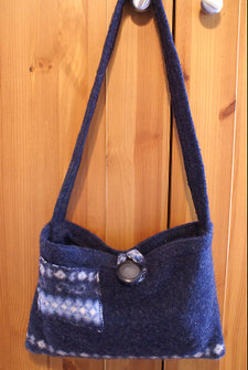 Bluepocketpursefull