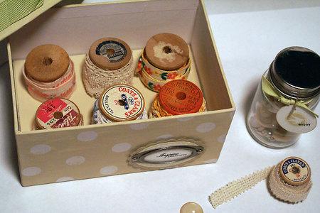 Vintageboxinside2pine